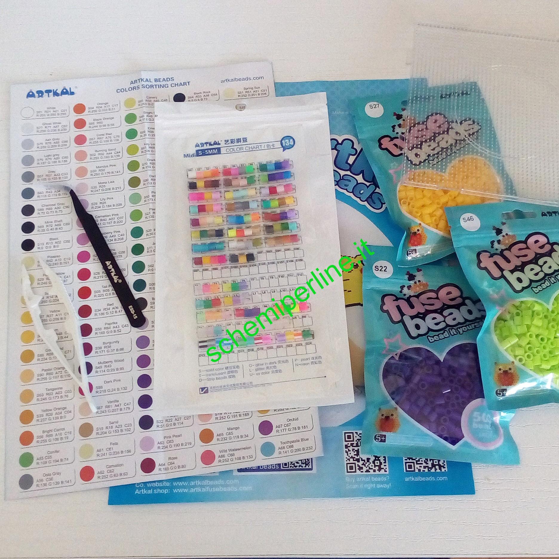 Campioni gratuiti perline da stirare marca Artkal fuse beads